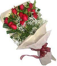 11 adet kirmizi güllerden özel buket  Bitlis internetten çiçek siparişi