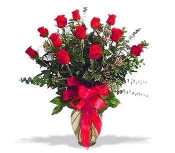 çiçek siparisi 11 adet kirmizi gül cam vazo  Bitlis online çiçek gönderme sipariş