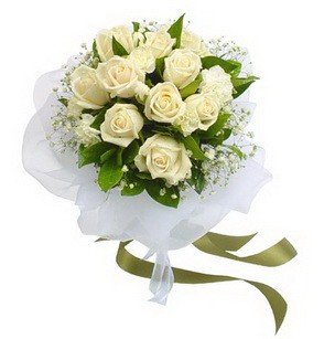 Bitlis online çiçekçi , çiçek siparişi  11 adet benbeyaz güllerden buket