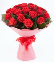12 adet kırmızı gül buketi  Bitlis çiçek siparişi sitesi