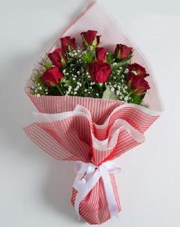 9 adet kırmızı gülden buket  Bitlis çiçek satışı