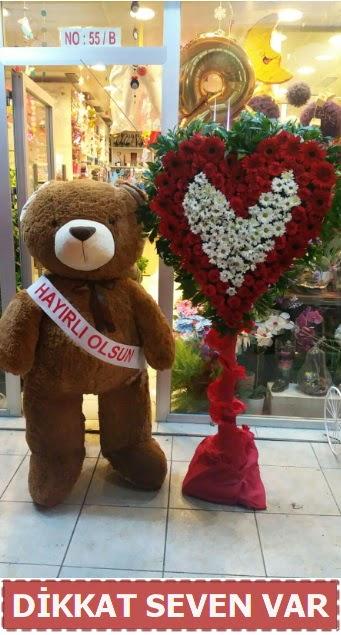 1.5 Metre peluş ayı ve Kalp  Bitlis çiçek gönderme sitemiz güvenlidir