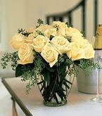 Bitlis çiçek siparişi sitesi  11 adet sari gül mika yada cam vazo tanzim