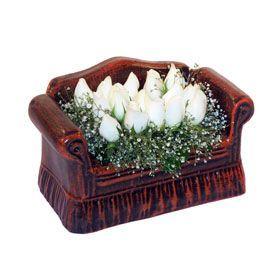 seramik içerisinde 11 gül  Bitlis hediye çiçek yolla