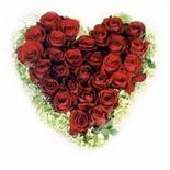 kalp biçiminde 15 gülden   Bitlis güvenli kaliteli hızlı çiçek