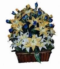 yapay karisik çiçek sepeti   Bitlis çiçek gönderme