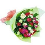 12 adet renkli gül buketi   Bitlis çiçek gönderme sitemiz güvenlidir