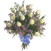 bir düzine beyaz gül buketi   Bitlis çiçek gönderme sitemiz güvenlidir