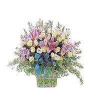 sepette kazablanka ve güller   Bitlis çiçek gönderme