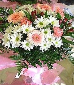 Bitlis hediye çiçek yolla  karma büyük ve gösterisli mevsim demeti