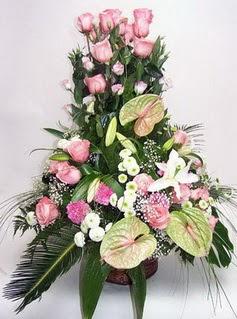 Bitlis ucuz çiçek gönder  özel üstü süper aranjman