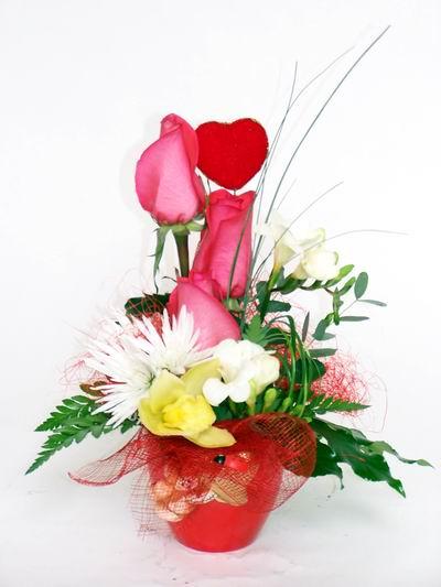 Bitlis ucuz çiçek gönder  cam içerisinde 3 adet gül ve kir çiçekleri