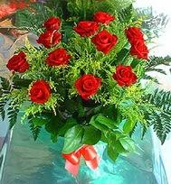 12 adet gül buketi  Bitlis anneler günü çiçek yolla
