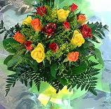 13 adet karisik gül buketi demeti   Bitlis uluslararası çiçek gönderme