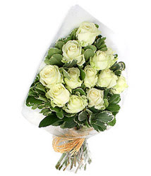 Bitlis online çiçekçi , çiçek siparişi  12 li beyaz gül buketi.