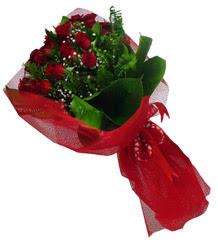 Bitlis çiçek gönderme sitemiz güvenlidir  10 adet kirmizi gül demeti