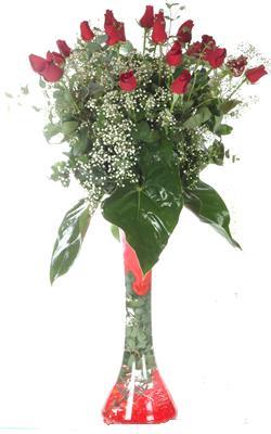 Bitlis uluslararası çiçek gönderme  19 ADET GÜL VE FIL CAM AYAGI