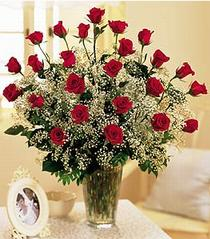 Bitlis çiçek , çiçekçi , çiçekçilik  özel günler için 12 adet kirmizi gül