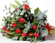 Bitlis çiçek satışı  11 adet kirmizi gül buketi özel günler için