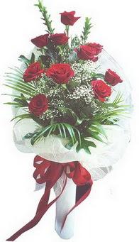 Bitlis hediye çiçek yolla  10 adet kirmizi gülden buket tanzimi özel anlara
