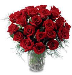 Bitlis çiçek gönderme sitemiz güvenlidir  11 adet kirmizi gül cam yada mika vazo içerisinde