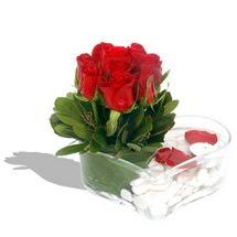 Mika kalp içerisinde 9 adet kirmizi gül  Bitlis çiçek servisi , çiçekçi adresleri