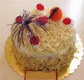 pasta siparisi 4 ile 6 kisilik yaspasta mis lezzette  Bitlis çiçekçi telefonları