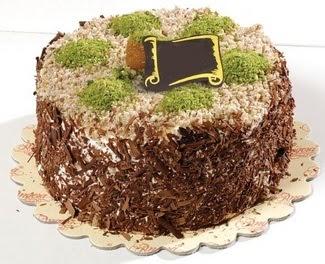 pasta gönderme 4 ile 6 kisilik çikolatali yas pasta  Bitlis çiçek satışı