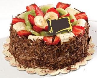 pastaci firmasindan 4 ile 6 kisilik çikolata meyvali yaspasta  Bitlis çiçek siparişi sitesi