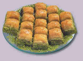 pasta tatli satisi essiz lezzette 1 kilo fistikli baklava  Bitlis internetten çiçek siparişi