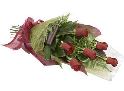 ucuz çiçek siparisi 6 adet kirmizi gül buket  Bitlis çiçek siparişi sitesi