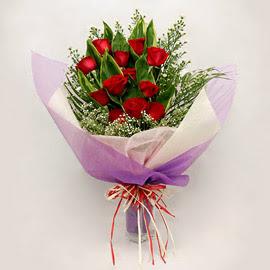 çiçekçi dükkanindan 11 adet gül buket  Bitlis çiçekçi mağazası