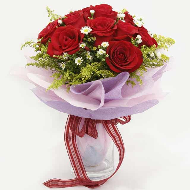 Çiçek gönderme estetikliginiz 11 gül buket  Bitlis çiçekçi mağazası