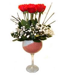 Bitlis çiçekçiler  cam kadeh içinde 7 adet kirmizi gül çiçek