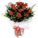 Bitlis çiçek , çiçekçi , çiçekçilik  9 adet güzel bir gül buketi