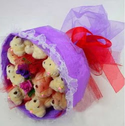 11 adet ayiciktan buket  Bitlis internetten çiçek siparişi
