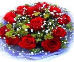 9 adet kirmizi güllerden buket  Bitlis çiçekçi telefonları
