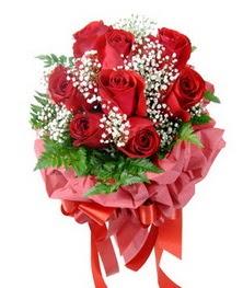 9 adet en kaliteli gülden kirmizi buket  Bitlis çiçek servisi , çiçekçi adresleri