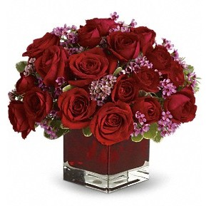 11 adet kırmızı gül vazosu  Bitlis çiçekçiler