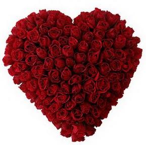 Bitlis çiçekçi mağazası  muhteşem kırmızı güllerden kalp çiçeği
