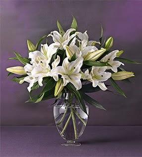 Bitlis İnternetten çiçek siparişi  4 dal cazablanca vazo çiçeği