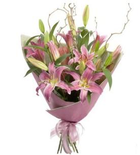 Bitlis İnternetten çiçek siparişi  3 dal cazablanca buket çiçeği