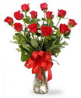 Bitlis çiçek , çiçekçi , çiçekçilik  12 adet kırmızı güllerden vazo tanzimi
