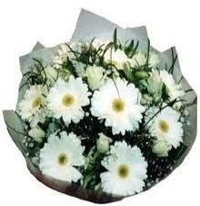 Eşime sevgilime en güzel hediye  Bitlis hediye sevgilime hediye çiçek