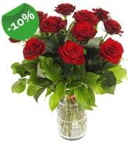 11 adet vazo içerisinde kırmızı gül  Bitlis online çiçek gönderme sipariş