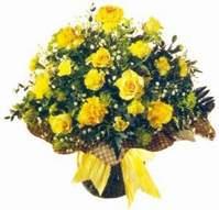Bitlis çiçek , çiçekçi , çiçekçilik  Sari gül karanfil ve kir çiçekleri