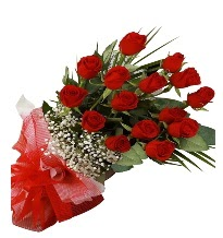 15 kırmızı gül buketi sevgiliye özel  Bitlis çiçek gönderme sitemiz güvenlidir