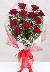 11 kırmızı gülden buket çiçeği  Bitlis 14 şubat sevgililer günü çiçek