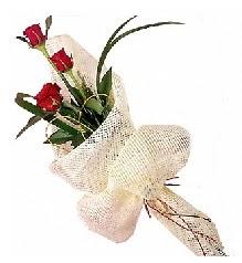3 adet kırmızı gül buketi  Bitlis güvenli kaliteli hızlı çiçek