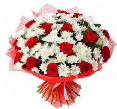 11 adet kırmızı gül ve 1 demet krizantem  Bitlis çiçek mağazası , çiçekçi adresleri